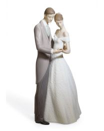 "8.25"" Together Forever - Porcelain Statue"